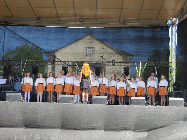 Kohtla-Järve linna 70.aastapäeva piduliku kontsert. / Концерт к 70-летию город� - IMG_3453.JPG