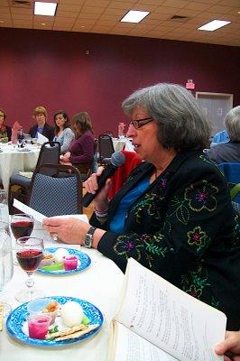 2009 Interfaith Seder - 100_3426.JPG