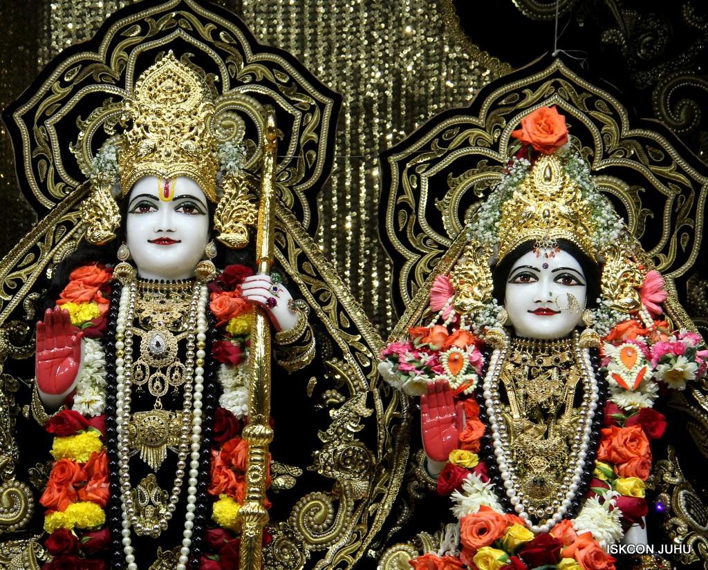 ISKCON Juhu Sringar Deity Darshan 7 Jan 2017  (23)