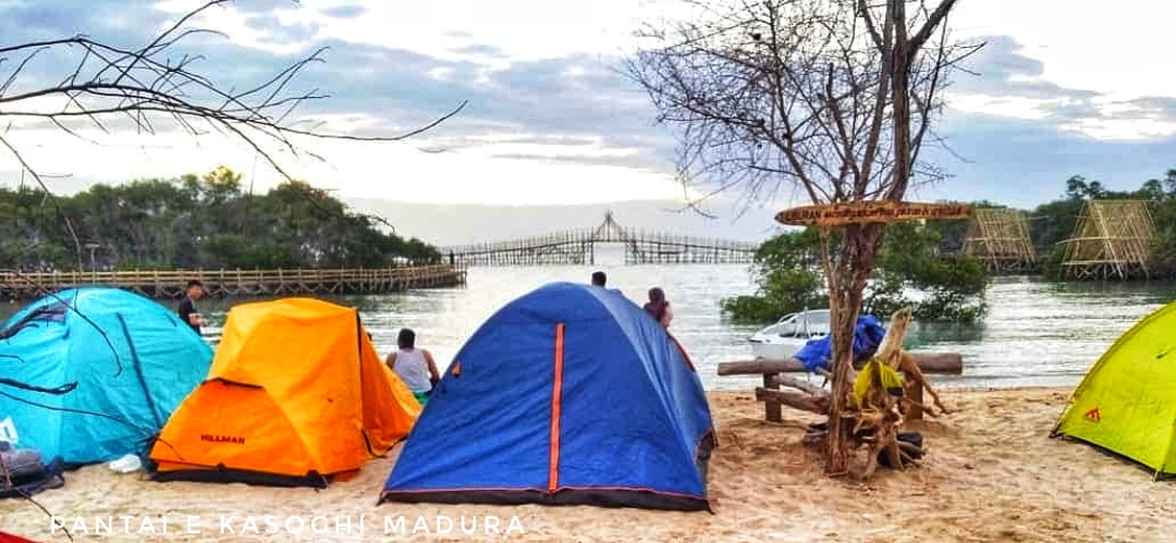 Pantai e kasoghi sumenep
