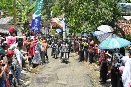 Dulu Blusukan Bersepeda, di Sukabumi Jokowi Blusukan Pake Moge