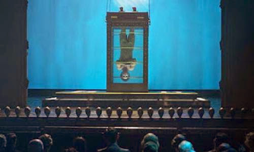 Movie Water Torture Cell On Display At New Magic Museum