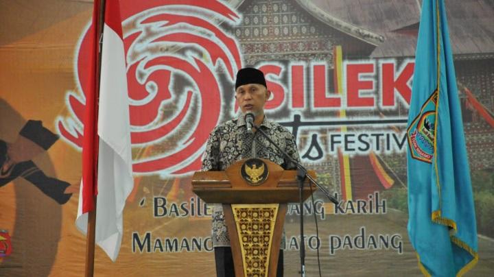 Gubernur Sumbar: Silek Perlu Dikembangkan di Setiap Jorong dan Nagari Untuk Menyiap Pemimpin Masa Datang