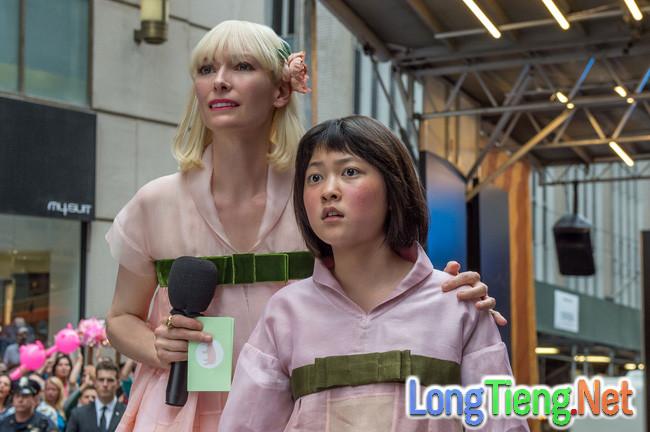 Lần đầu tiên sau 7 năm, Hàn Quốc có 2 phim tranh giải tại LHP Cannes - Ảnh 1.