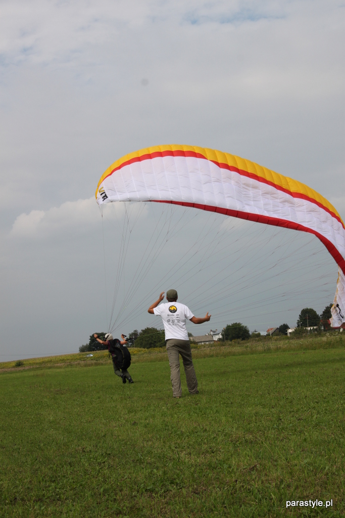 Szkolenia paralotniowe Sierpień 2012 - IMG_5152.JPG