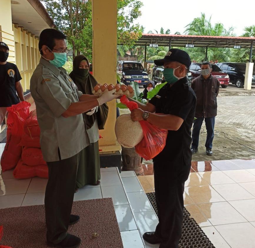 Kementerian Pertanian Peduli Covid 19, Ratusan Sembako Didistribusikan BBPP Batangkaluku