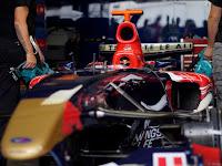 Toro Rosso profilból.JPG