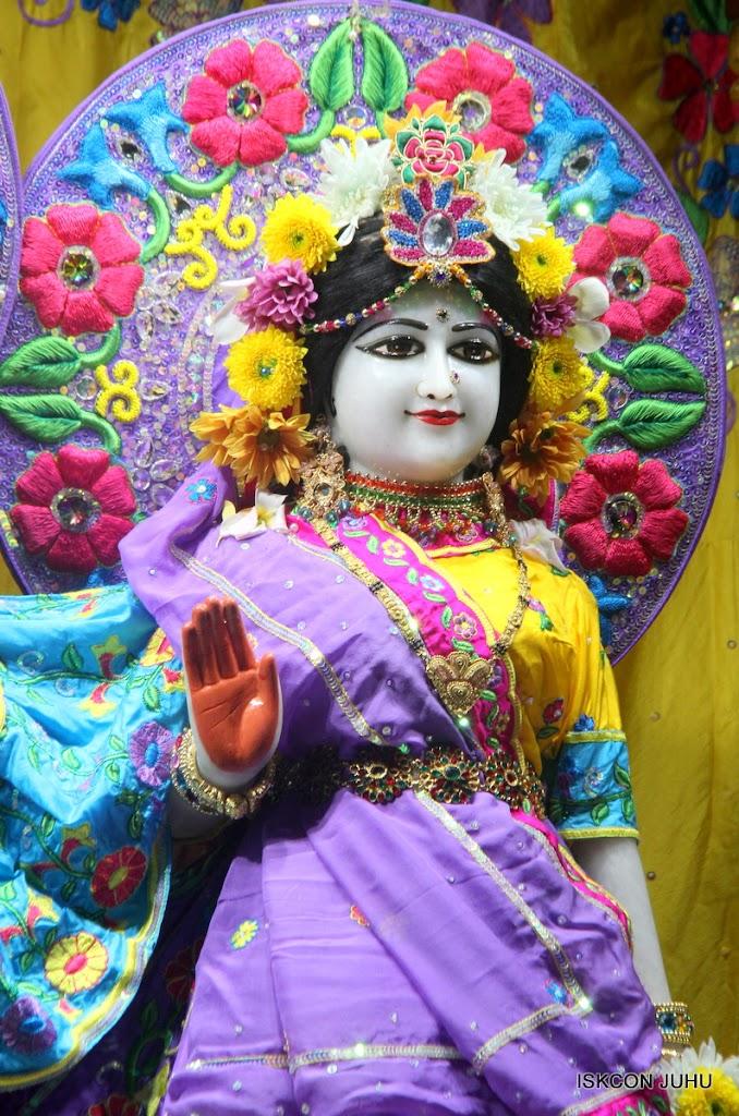 ISKCON Juhu Mangal Deity Darshan on 31st July 2016 (29)