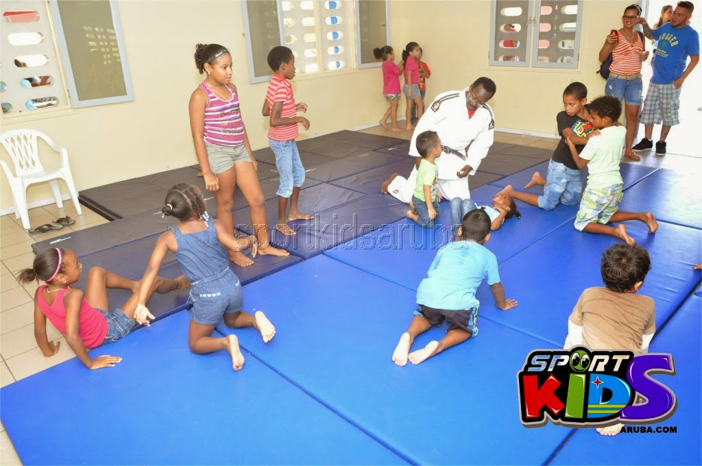 Reach Out To Our Kids Self Defense 26 july 2014 - DSC_3094.JPG