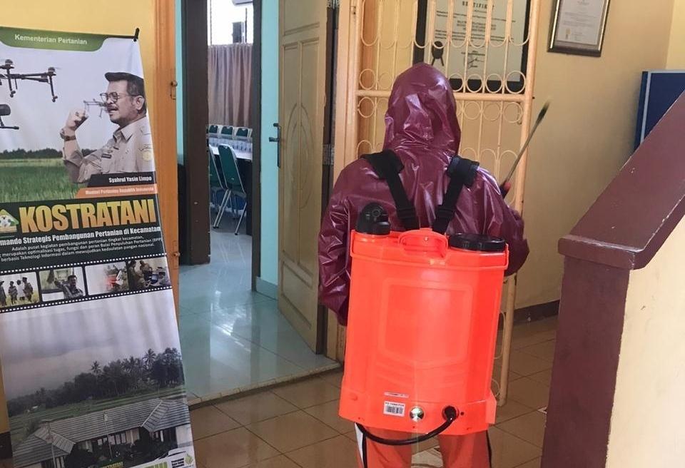 Antisipasi Sebaran Covid 19, BBPP Batangkaluku Sediakan Alat dan Penyemprotan Desinfektan