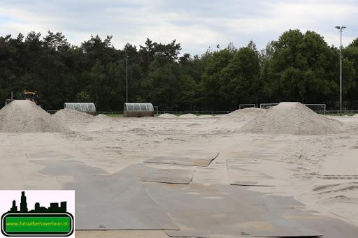 aanleg kunstgrasveld sss (10).jpg