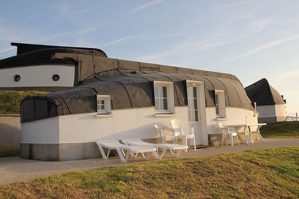 equihen-plage-boat-house-2