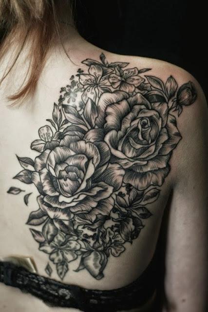 Rosa flor projetos do tattoo de ideias para homens e mulheres no Ombro