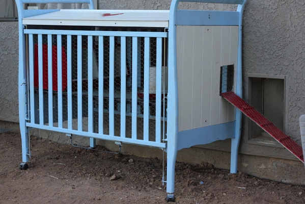 crib chicken coop upcycle