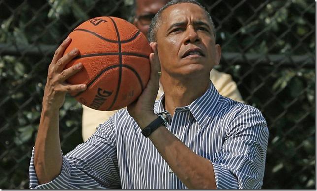 pol_obama_hoops_0222_55113069