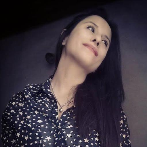 Maira Rosales Photo 9
