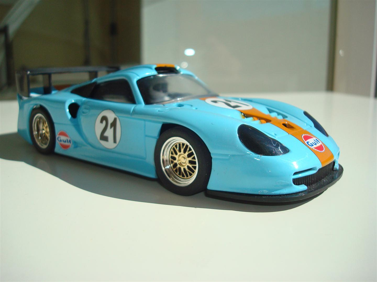 slot colors porsche 911 gt1 evo gulf. Black Bedroom Furniture Sets. Home Design Ideas