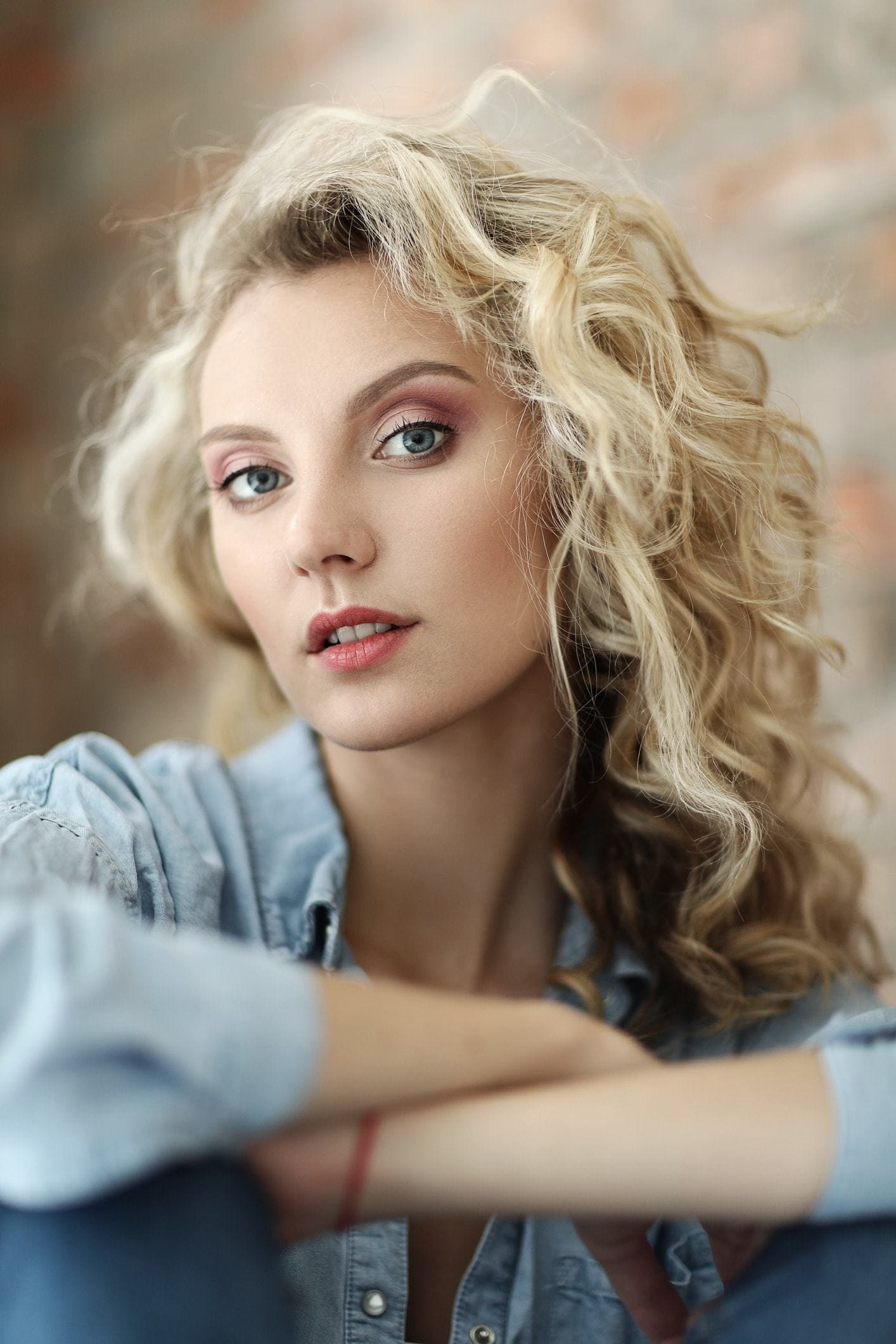 2018 Blonde Curly Hair : Exclusive Styles For Beautiful Womans 8