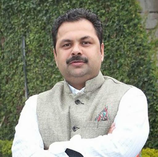 sanjay kapoor's image