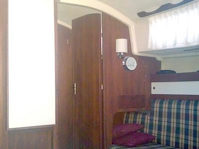 Sabre 28- Cabin Starboard