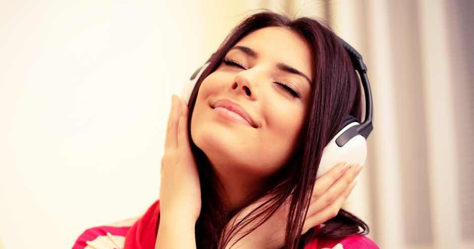 The Ultimate Happy Playlist - Songs To Make You Smile