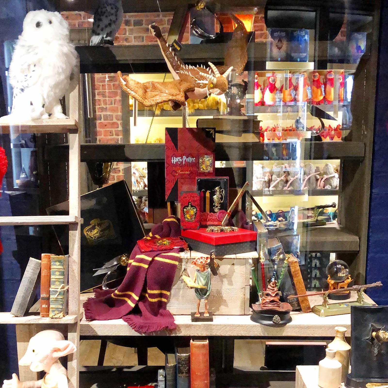 harry-potter-noble-collection-london-lifestyle