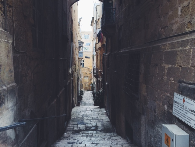 Valletta, ancient city, Malta, tiny alley