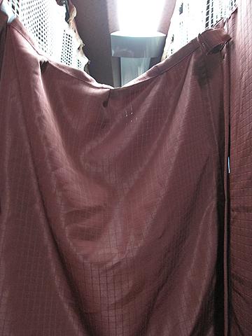 弘南バス「津輕号」 700 プライベートカーテン