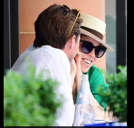 Pregnant Princess Beatrice and Edoardo Mapelli Mozzi Enjoy a Day Date in the Sun