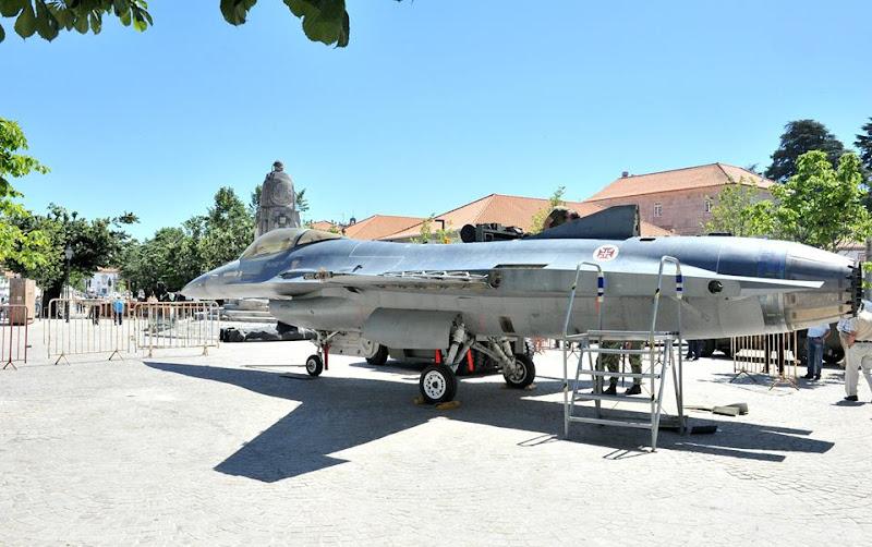 Fotos - Preparação para a exposição das Atividades Militares Complementares - Lamego - 10 de Junho