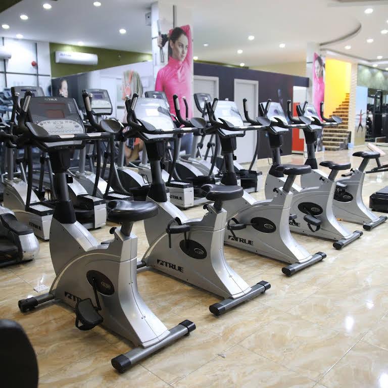 مركز ليديز فتنس مركز كوني رشيقة للرياضة النسائية صالة ألعاب رياضية في الرياض