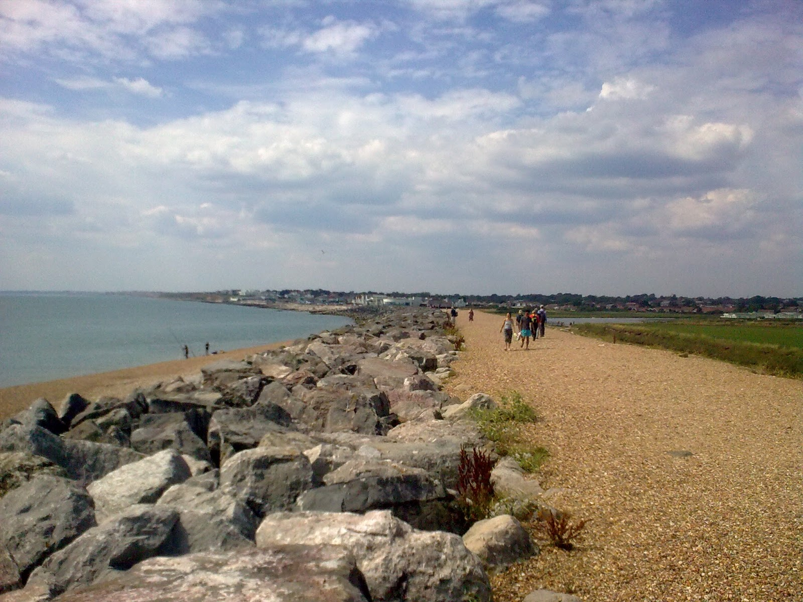 Image0321 coast path - towards Milford-on-Sea