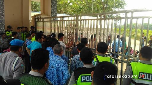 Unjuk Rasa Mahasiswa HMI Minta Kepala Dinas Pendidikan Mundur, Ini Tanggapan Sekda Kabupaten Sukabumi dan Ketua DPRD
