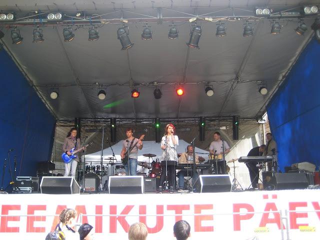 Keemikute päev Jõhvi linnapargis 28.mail 2011 - piter%2Baprill%2B066.jpg