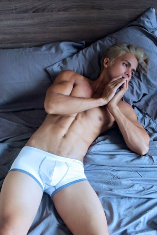 Morris Wabe Navales in White Briefs