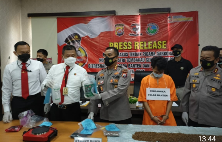 Ditresnarkoba Polda Banten Ungkap Pelaku Home Industri Tembakau Gorila