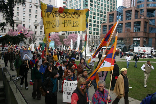 Global Protest in Vancouver BC/photo by Crazy Yak - IMG_0151.JPG
