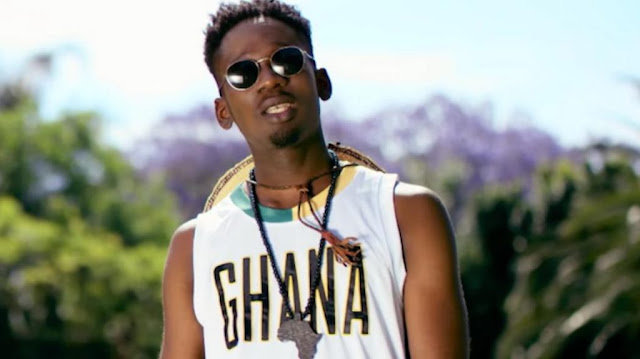Making It To Forbes List Can't Improve My Looks – Mr Eazi replies Twitter User