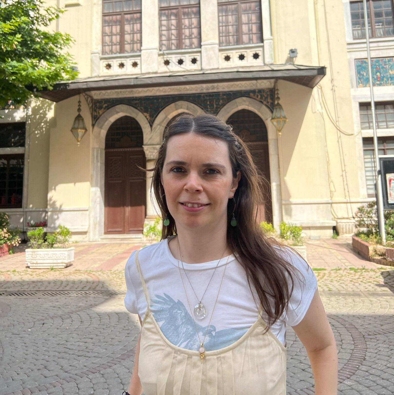 A Cup Of Jo Blog: Zahra's Blog: Beautiful Beach Wedding Cake