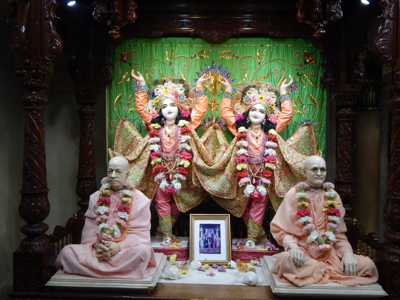 ISKCON Detroit Deity Darshan 22  Jan 2016  (2)