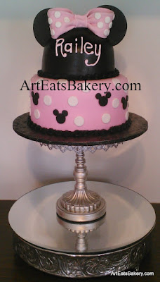 Girl's custom modern creative Minnie Mouse cake design with edible mouse ears hat and polka dot bow