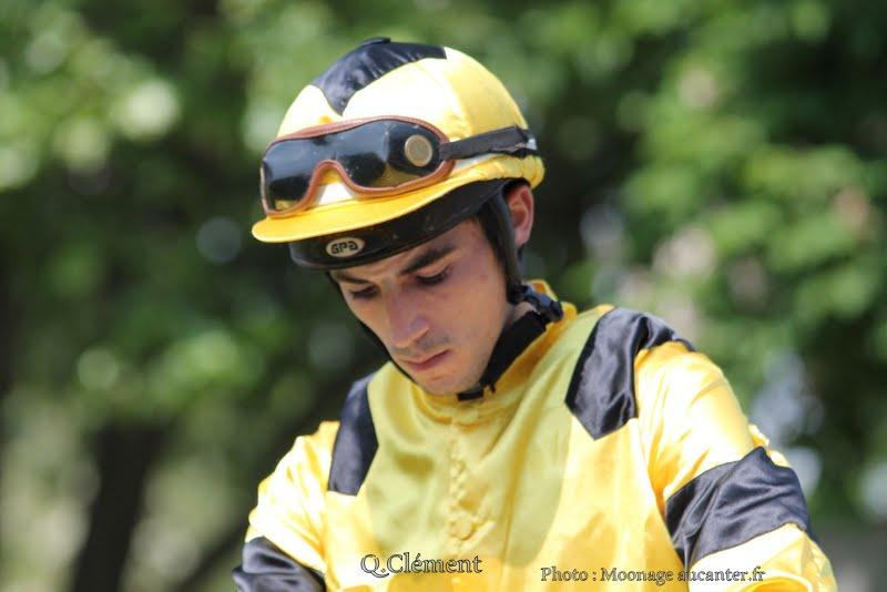 Jockeys' attitudes IMG_0708
