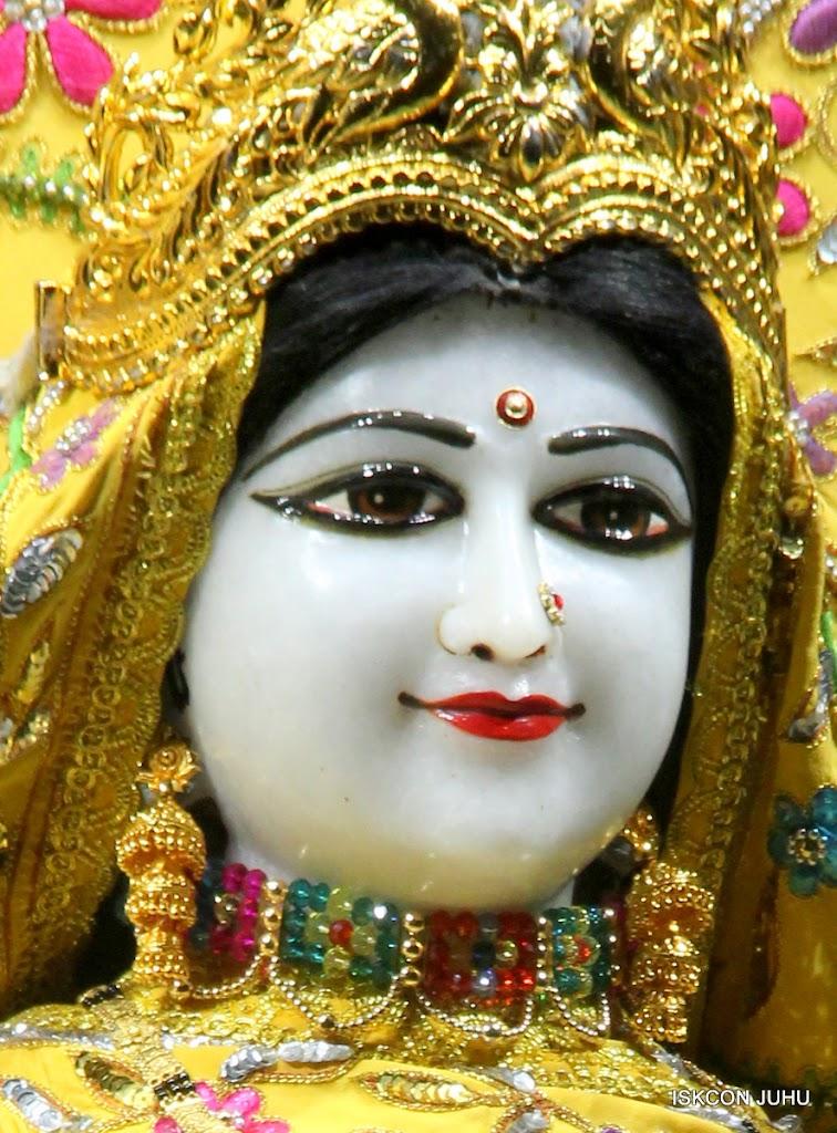ISKCON Juhu Mangal Deity Darshan on 27 April 2016 (27)