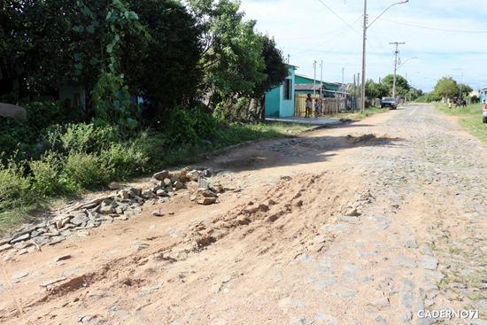 problemas rua inhatium bairro mariana 001