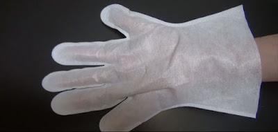 手袋は左右対称
