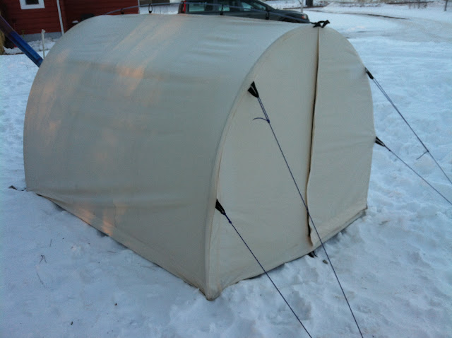 It is a very spacious solo tent that will sleep two easily when needed. Though you cannot stand up inside it feels huge due to the hoop shape with steep ... : hoop tent - memphite.com
