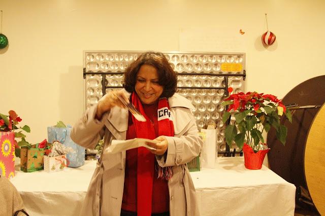 Servants Christmas Gift Exchange - _MG_0847.JPG