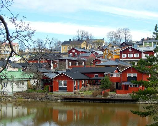 Как организовать бизнес в небольшом городе