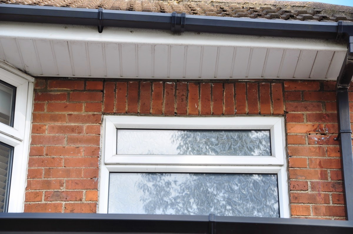 Upvc bathroom window -  Bathroom Window Looks As If The Bricks Are Sagging Slightly And Cracked Not Really That Obvious But I Think It Is There Is Slight Cracking And Gap