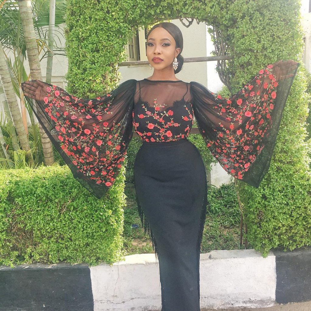 African Stylish Wedding Guest Dresses Styles 2019 10